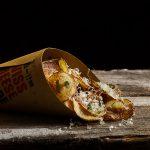 Patatine fritte sbrinz e coriandolo