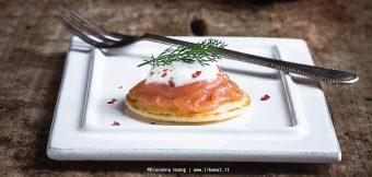 Blinis al salmone affumicato