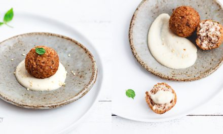 Kibbeh vegetariani – polpettine di bulgur, feta, noci e menta con salsa tahina