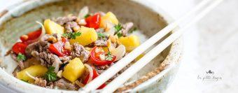 straccetti di manzo all'ananas e pomodoro - cucina vietnamita