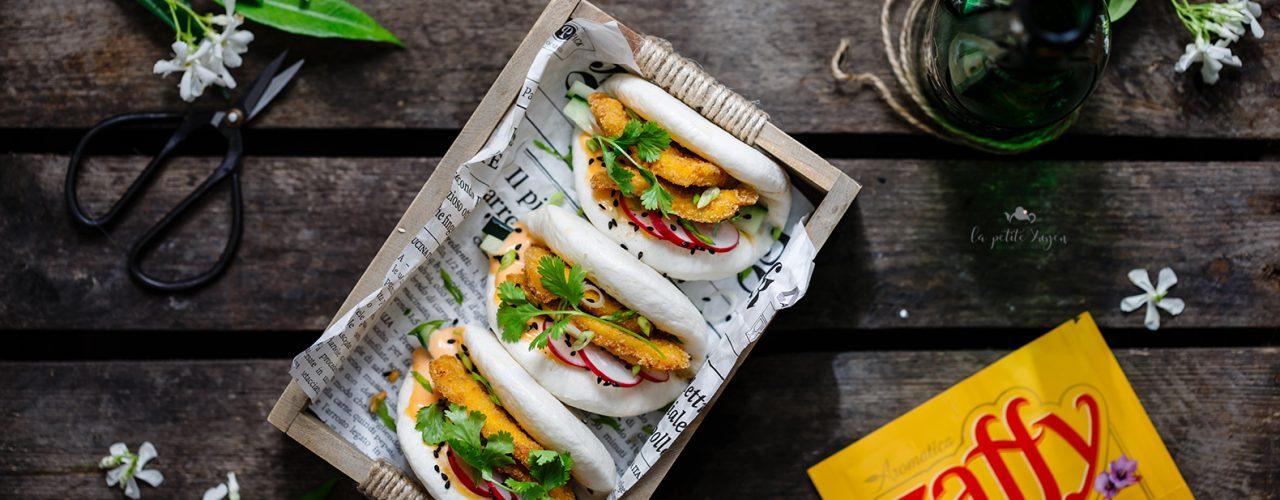 bao sandwich con pollo fritto