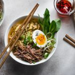Miso ramen con pulled pork all'italiana