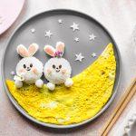 Onigiri di prosciutto cotto a forma di coniglietti