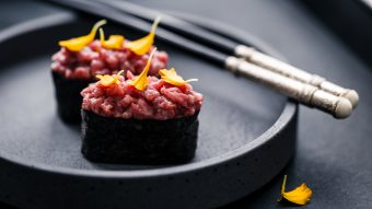 wagyu gunkan sushi di carne